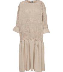 etienne dress knälång klänning beige just female