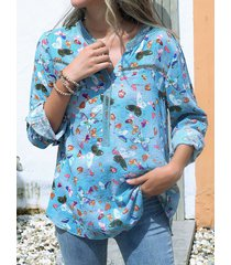 camicetta con scollo a v a maniche lunghe con stampa di farfalle da donna