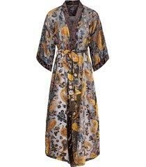 amelia burn-out kimono