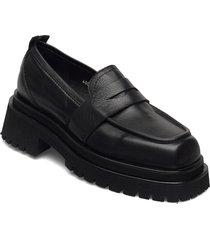 vilma loafers låga skor svart nude of scandinavia