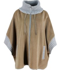 fabiana filippi wool cape with zip closure with collar and cuffs in english rib in contrasting color