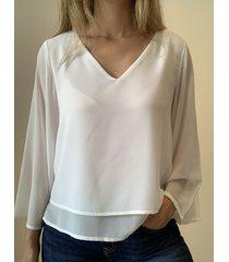 blusa natural caekilia logan