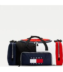 tommy hilfiger men's recycled heritage duffle bag wi removable sleeping bag corporate -