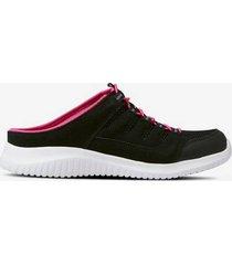 sneakers slip in