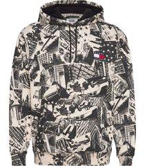 tjm allover print badge hoodie hoodie multi/mönstrad tommy jeans