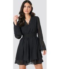 na-kd boho shirred waist detail dress - black