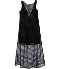 vestido macacão em renda preto