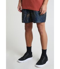 short masculino estampado de coqueiros com bolsos azul escuro