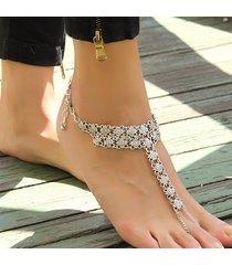 cavigliera bohemien di sandali in metallo floreale da spiaggia