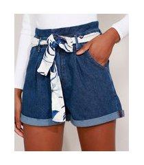 short clochard jeans cintura super alta com faixa estampada para amarrar azul escuro