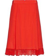 ani knälång kjol röd custommade