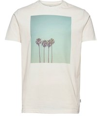clive recycled cotton printed t-shirt t-shirts short-sleeved vit kronstadt