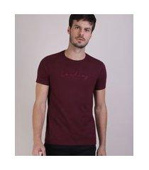"""camiseta masculina bordado loading"""" manga curta gola careca vinho"""""""