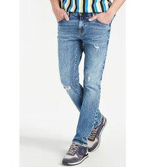 jeansowe spodnie fason slim