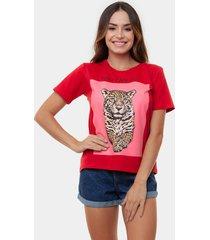 t-shirt onça com vermelho multicolorido - kanui