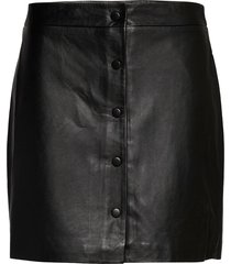 slfally mw leather skirt b kort kjol svart selected femme