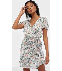 nly trend cute wrinkle dress skater dresses