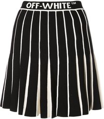 contrasting pleated tennis skirt