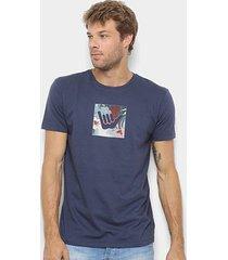 camiseta hang loose silk logoarmy floral masculina