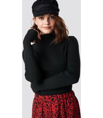 sisters point leni turtleneck sweater - black