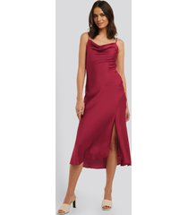 trendyol thin strap midi dress - burgundy