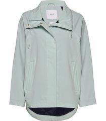 leya jacket regenkleding groen makia