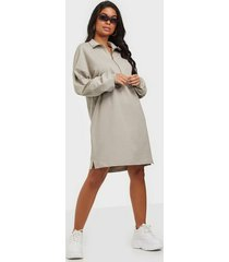 nly trend front zip sweat dress loose fit dresses