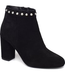 bfalexa suede pearl boot shoes boots ankle boots ankle boots with heel svart bianco