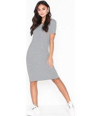 pieces pcbillo ss dress noos klänningar