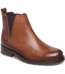 ave chelsea shoes boots ankle boots brun royal republiq