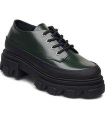 brush off snörade skor låga svart ganni