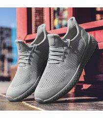 sneakers rnning leggero con lacci in tessuto lavorato a maglia da uomo