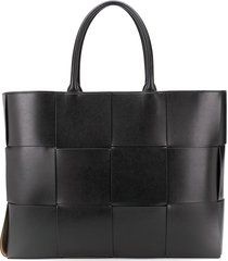 bottega veneta maxi weave tote bag - black
