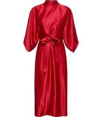 kadesi knälång klänning röd hugo