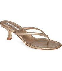 women's manolo blanik paterno thong sandal, size 10us / 40eu - metallic