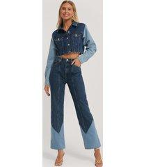 paola locatelli x na-kd jeans med hög midja och vida ben - blue