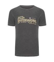 t-shirt masculina rough jazz skateboard - cinza