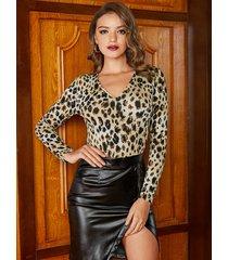 yoins basics body de manga larga con cuello en v de leopardo marrón