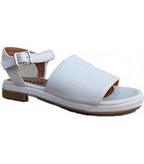 sandalia blanca omm vida