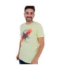camiseta calvin klein masculina flower splash amarela