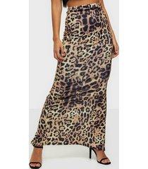 nly one print maxi skirt maxikjolar