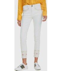 jeans desigual blanco - calce ajustado
