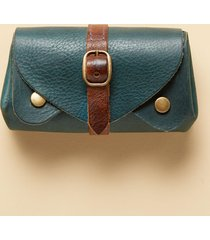 savvy traveler clutch wallet