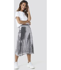 na-kd party sequin midi skirt - silver