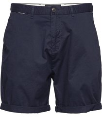 mid length - classic chino short in pima cotton quality shorts chinos shorts blå scotch & soda
