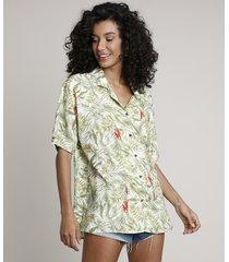 camisa feminina com linho estampada de folhagens manga curta off white