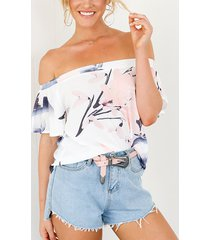 blusa de gasa con hombros descubiertos elástica con estampado floral al azar blanco