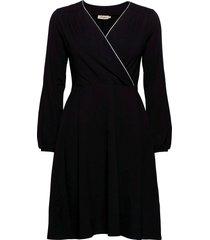 lisbeth dresses wrap dresses svart jumperfabriken