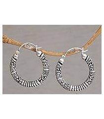 sterling silver hoop earrings, 'lightweight feeling' (indonesia)