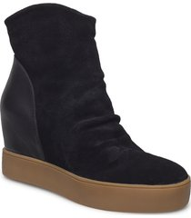 trish s shoes boots ankle boots ankle boot - heel svart shoe the bear